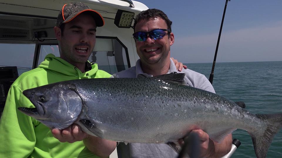 Pêche au saumon et à la truite grise