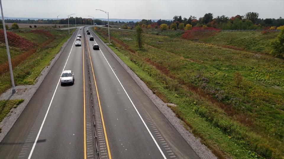 Les glissières de sécurité sur l'Autoroute 50